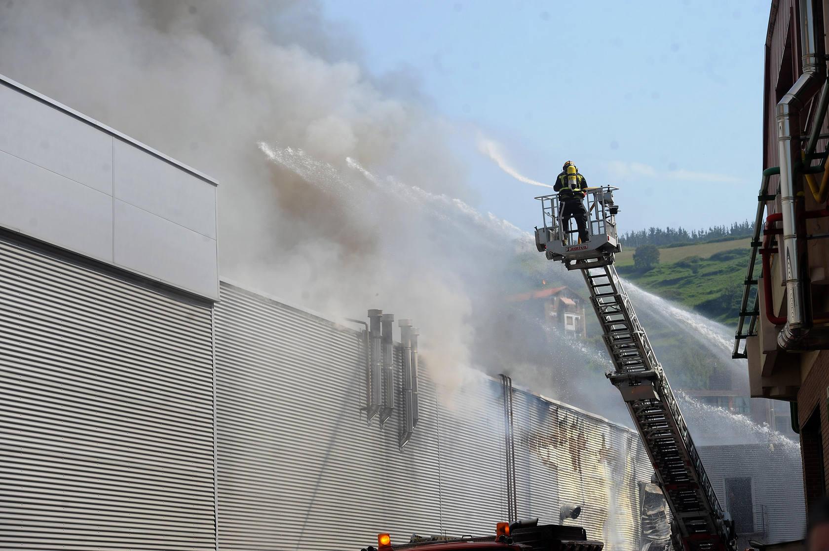 Incendio en Alfa de Eibar