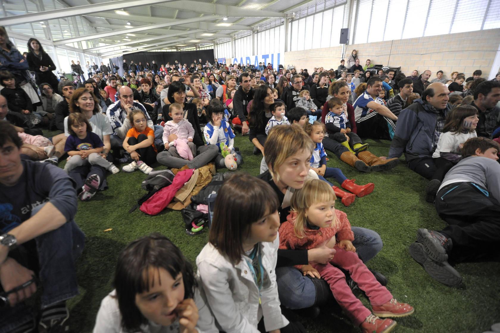 Diversión en familia y fútbol en el Día de la Fundación de la Real Sociedad
