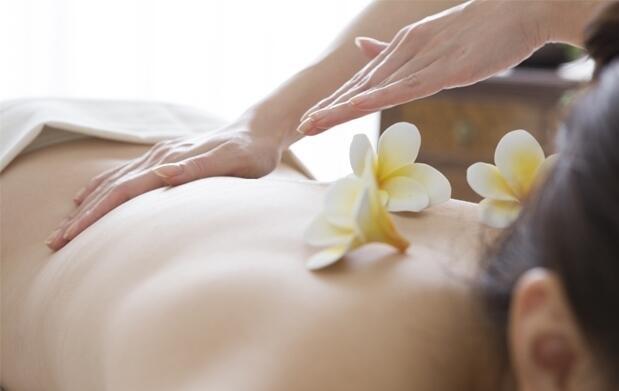 Exfoliación corporal + hidratación + masaje