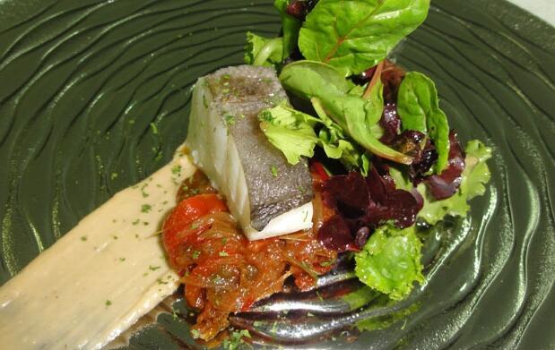 Menú con txangurro, lubina y solomillo