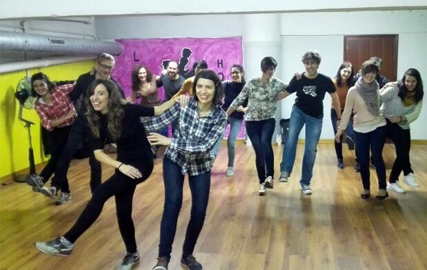 4 clases de baile de 60 o 90 minutos  para empezar en julio