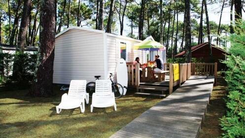 Fines de semana en las landas camping village resort for Camping en las landas con piscina cubierta