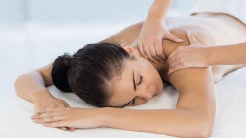 Adiós al estrés con un masaje relajante o con opción a Reiki