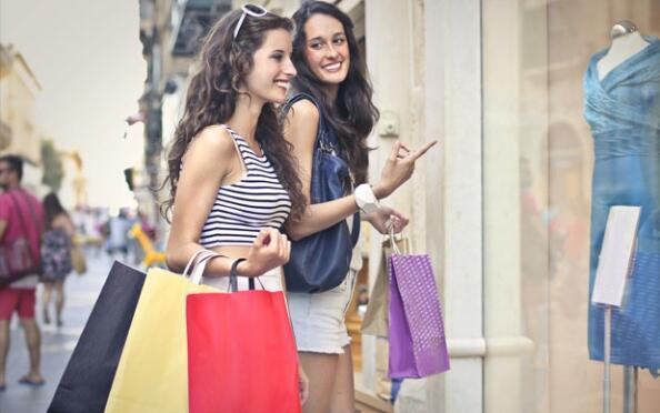 Vámonos de Shopping con amigas