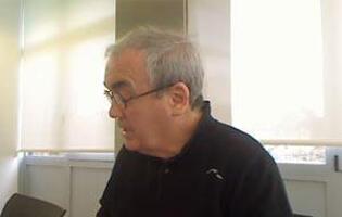 Video chat....j..T .en D.V..sus opiniones Trueba-charla