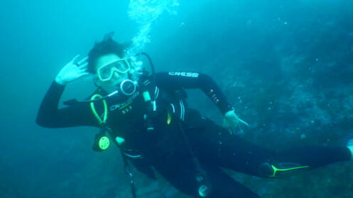 Bautismo de  buceo con botella  en el mar con IrutxuloSub