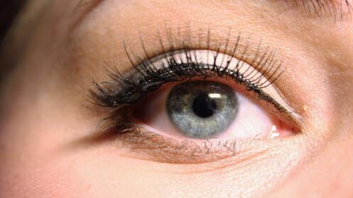 Permanente + tinte de pestañas + depilación de cejas