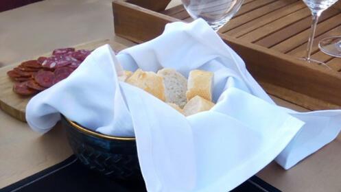 Visita los viñedos + bodega + cata de vinos en Viña Ijalba