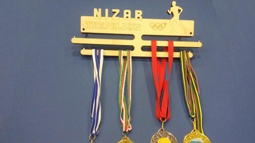 Medalleros de madera personalizados