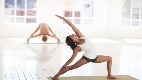 8 Clases de Yoga de una hora y media
